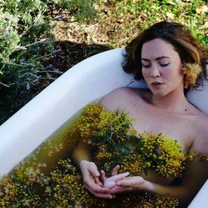 Baño con flores